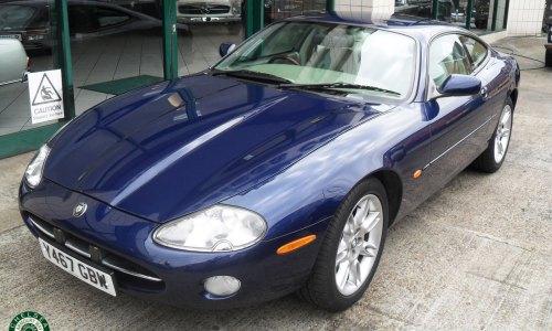 Photo 2001 Jaguar XK8 Coupe For Sale