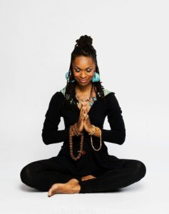 Chelsea Loves Yoga: Latham Thomas