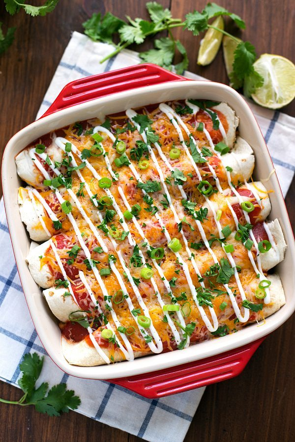 Easy + Healthy Sweet Potato and Black Bean Enchiladas #dinner #sweetpotato #enchiladas