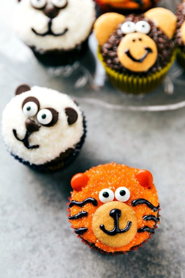 Easy Jungle Cupcakes - Chelsea' Messy Apron