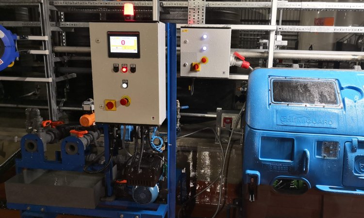 Flowquip design and supply caustic dilution and batching systems to Manchester based chemical manufacturer