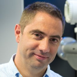 Dr David Lincoln