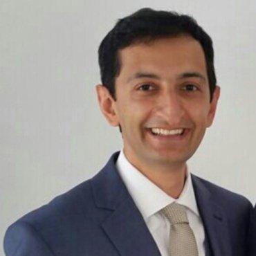 Dr. Puya Afshar