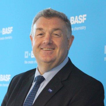 Dr. Geoff Mackey