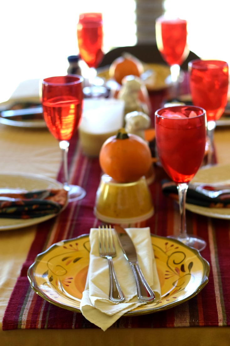 Celebrating Thanksgiving in Texas. Last minute decor! on chemistrycachet.com