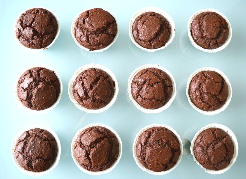 10 Delicious & Healthy Chocolate Treats (That Taste Decadent!) on chemistrycachet.com