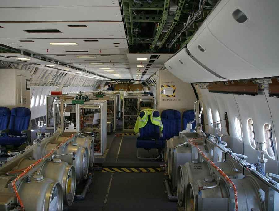 Inneres eines Chemtrailssprühflugzeuges