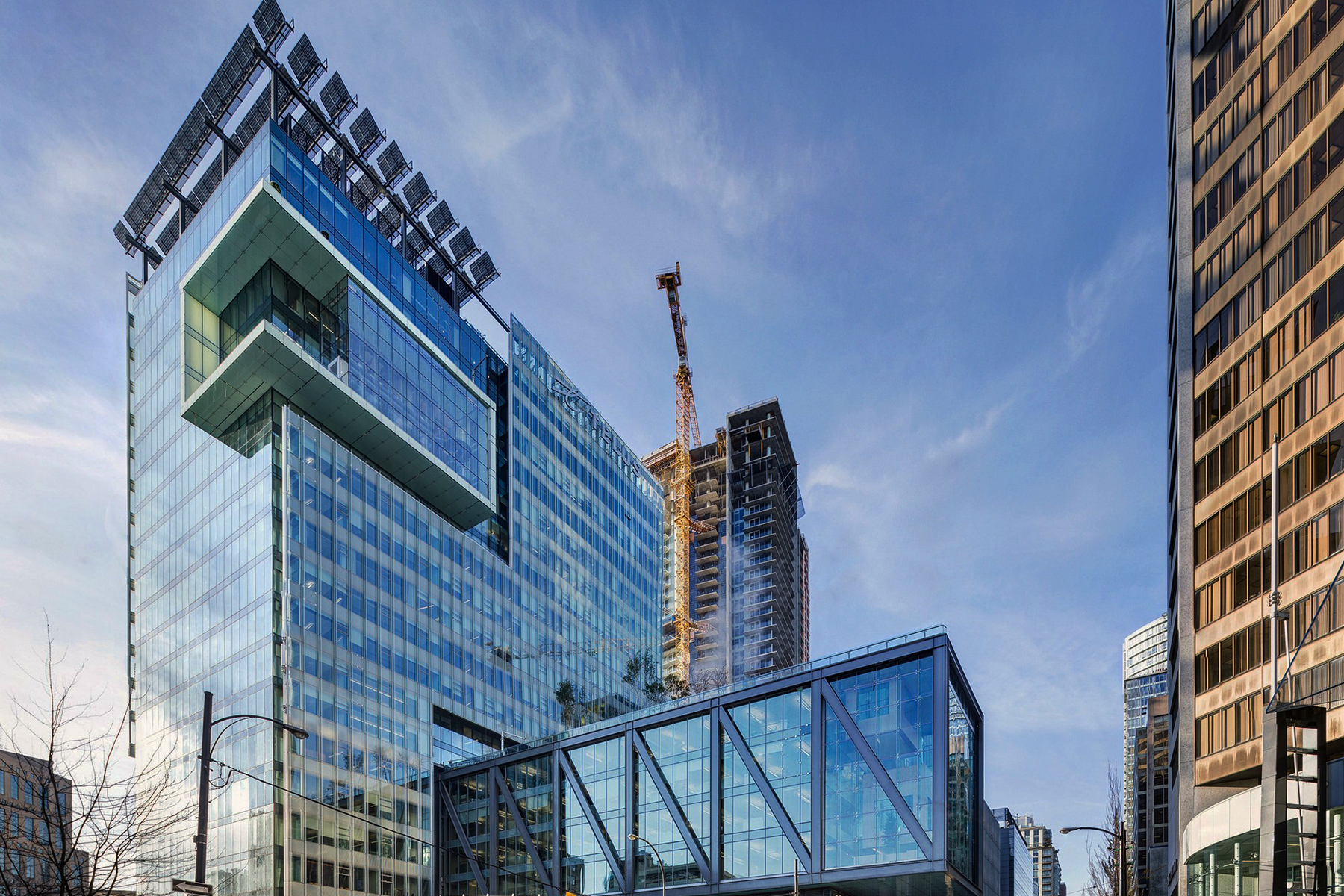 TELUS GARDEN at a Glance   Cheng & Parham Realty Group