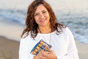 Cheri Arellano with oils