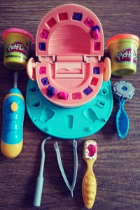 Play-doh dentist set