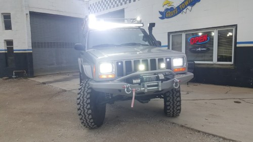 small resolution of hl5 jpg 45w led headlight with drl for xj 0 a pair