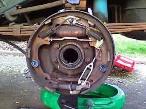 fed up with these drum brakes  Jeep Cherokee Forum