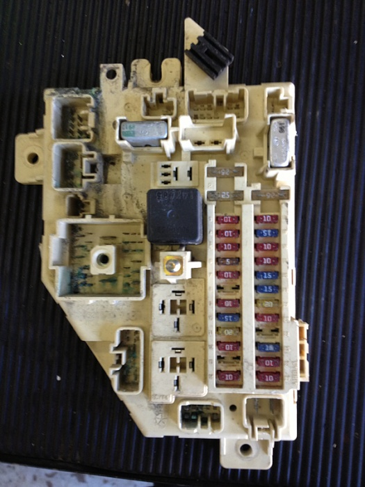 Jeep Grand Cherokee Electrical Diagram Blowing Fuse 10 And 11 In Fuse Box Jeep Cherokee Forum