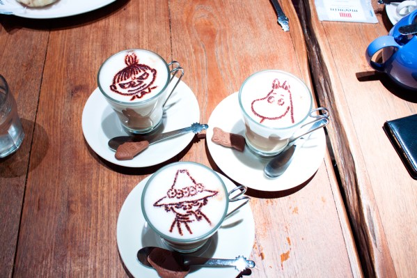 The moons, moon cafe, tokyo, japan, tokyo dome, sightseeing, moomin food, moomin character, kawaii, cute