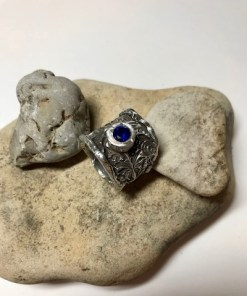 Queen Anne Wide Band Ring with 6mm Sapphire CZ