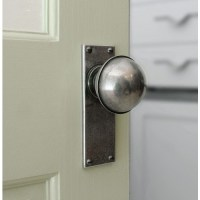 Finesse Design Pewter Beamish Knobs on Plain Backplate ...