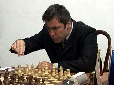 https://i0.wp.com/www.chessbase.com/news/2006/linares/ivanchuk04.jpg
