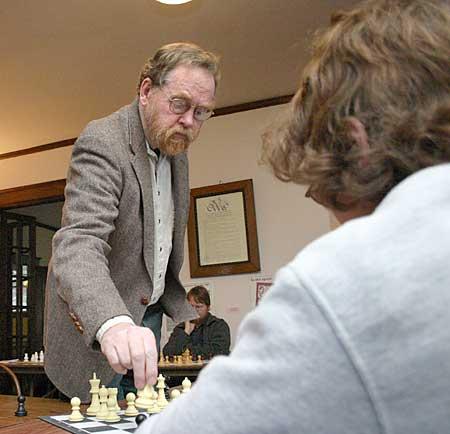 https://i0.wp.com/www.chessmaniac.com/Clubs/uploaded_images/Doug-Grant-757680.jpg