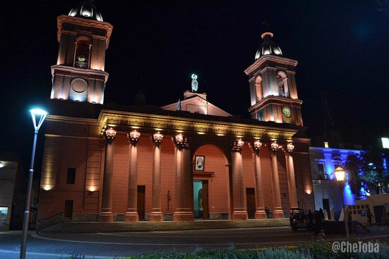 iglesia-de-noche