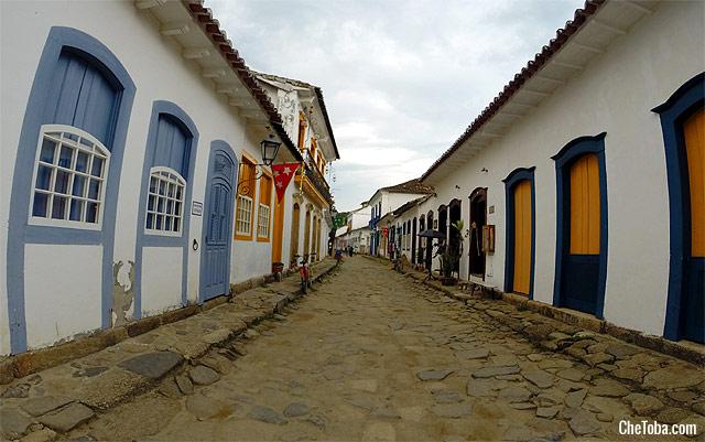 callecitas-paraty