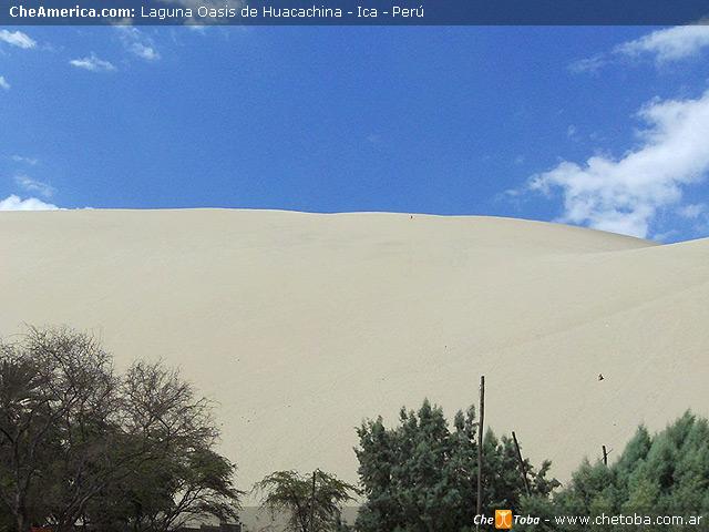 Montañas de arena en Huacachina