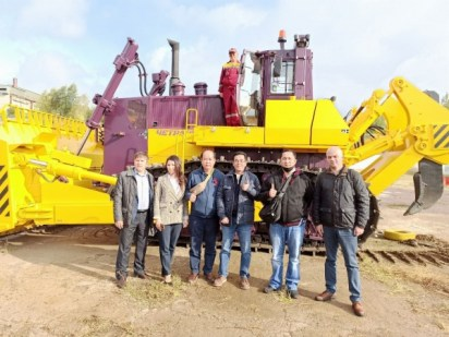 Representatives of a large Indonesian company company have visited Promtractor factory.