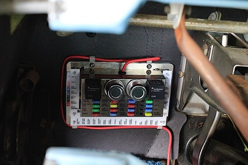 small resolution of extra car fuse box