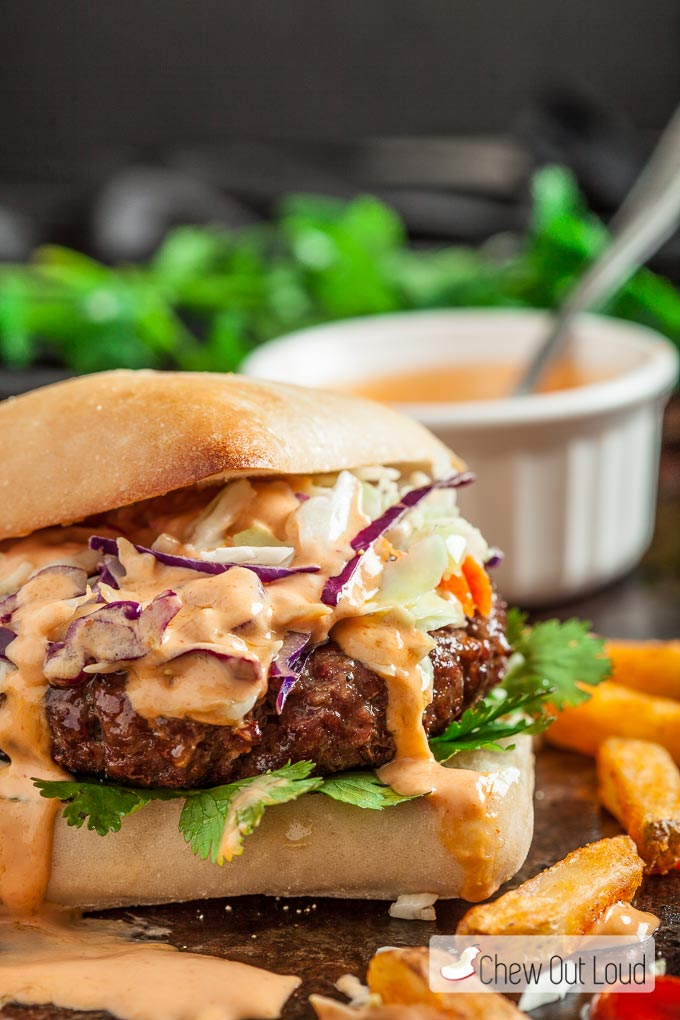 Asian-Burger-with-Sriracha-Mao