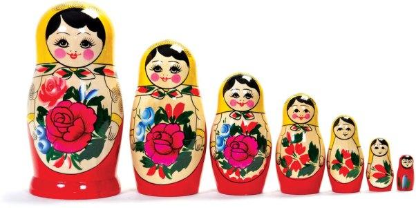 Poupées russes matriochkas en bois   Chez les enfants