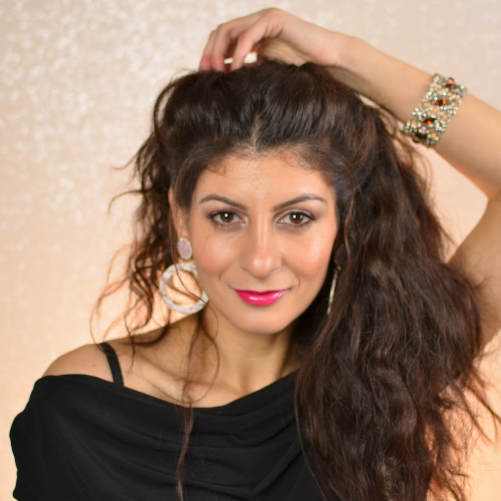 Easy Hairstyles for curly hair to do at home & health issue