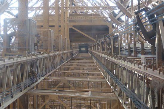 Cage d'ascenseur Tour Eiffel