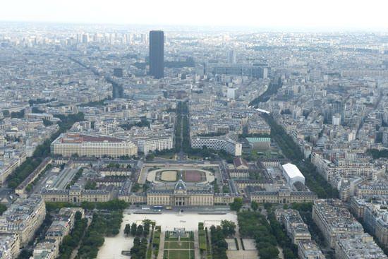 Tour Eiffel vue du 2e étage Tour Montparnasse