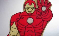 キャラクター(アイアンマン)のアイシングクッキー