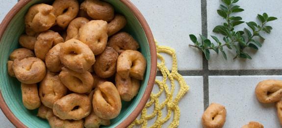 La ricetta dei taralli alla pizzaiola Cucina regionale puglieseChezuppa