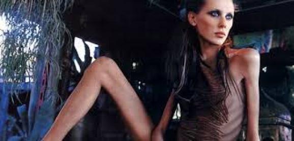 Francia: nuova legge per modelle e Photoshop