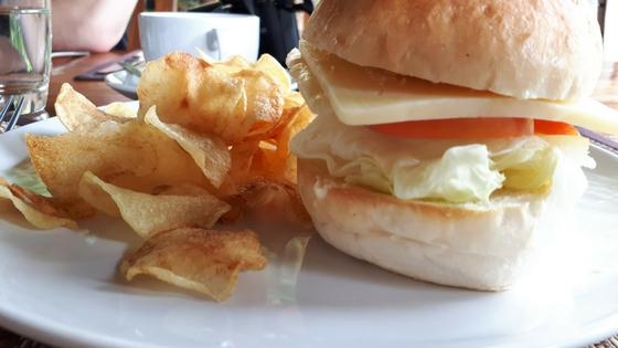 Chiang Dao Nest Restaurant - Burger