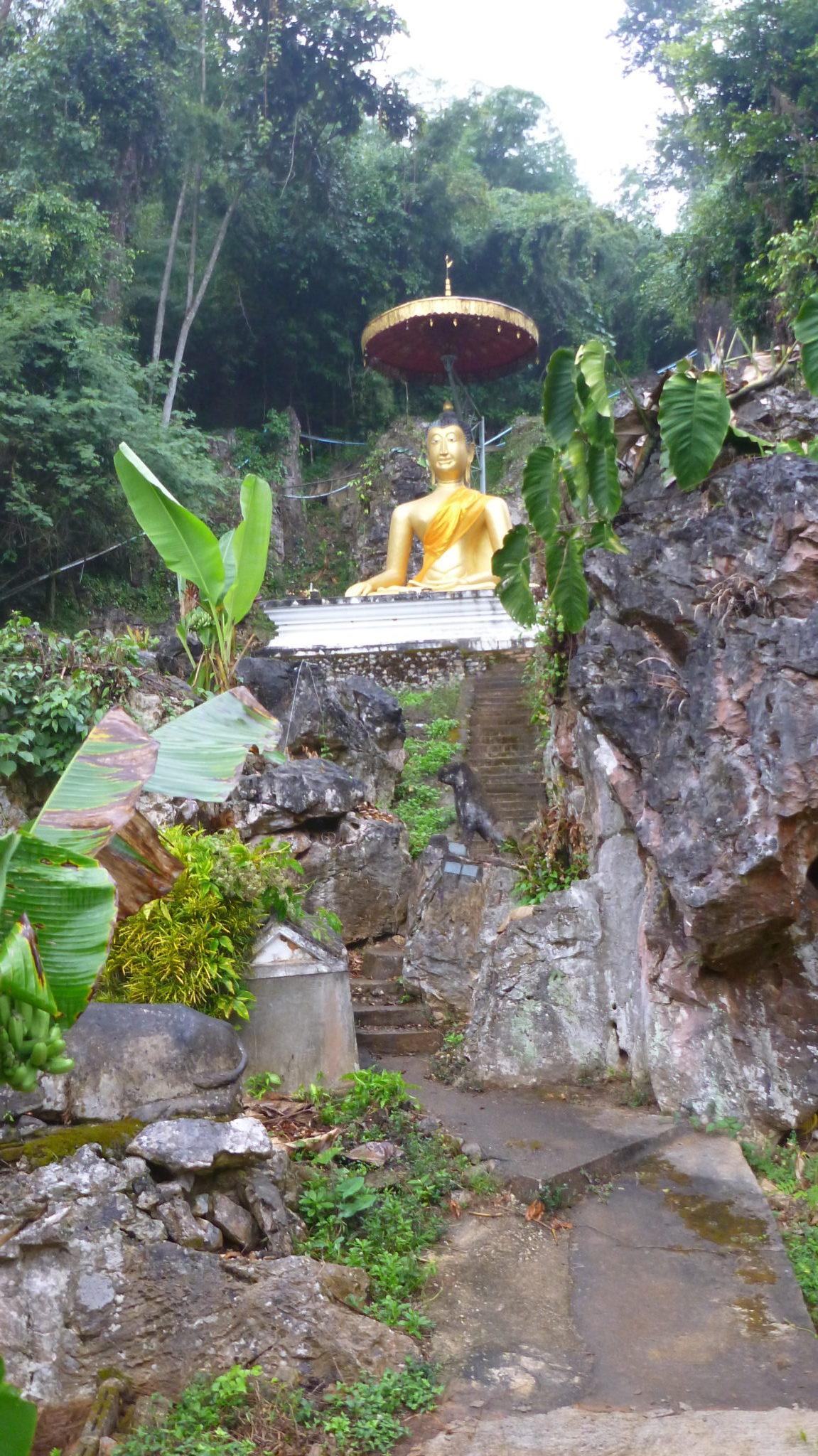 Mountain Buddha Chiang Dao Cave