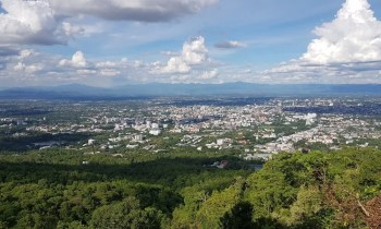 View on big city Chiang Mai almsgiving tour