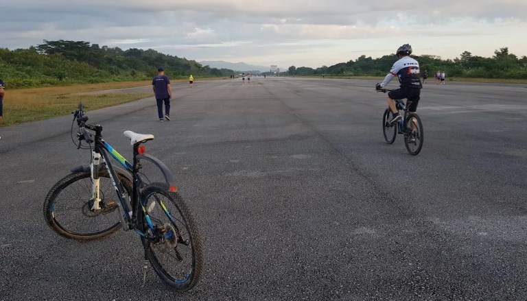 Cycling on a very wide road