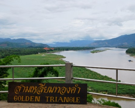 The Golden Triangle (สามเหลี่ยมทองคำ Saam Liam Thong Kham) is in Chiang Rai Province, in the far north of Thailand. The English name comes from the meeting of Laos, Myanmar and Thailand here, but to the locals it's Sop Ruak, since this is where the Mekong meets the Ruak River.