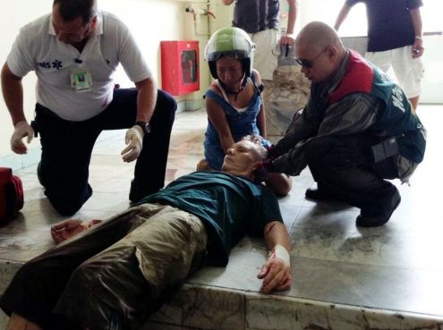 Tony was given first aid before being transferred to Banglamung Hospital.