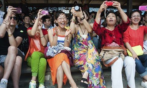 90,000 Chinese are expected over the holiday period     90,000 Chinese are expected over the holiday period
