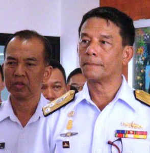 3rd Navy Fleet Commander, Vice Adm Tharathorn Khajitsuwan, Right