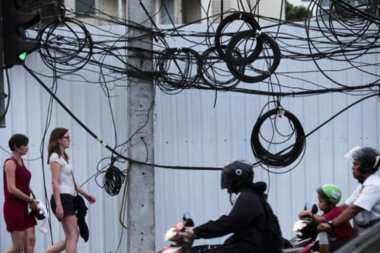Authorities in Thailand Vow to Tidy Up Telecom Lines Nation Wide