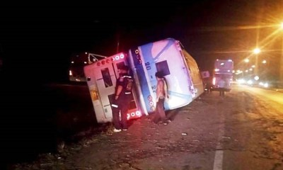 Charn Tour bus, crash, Thailand