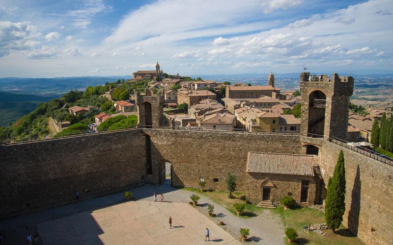 Visitare Montalcino cosa vedere quando andare info turistiche  Chianti