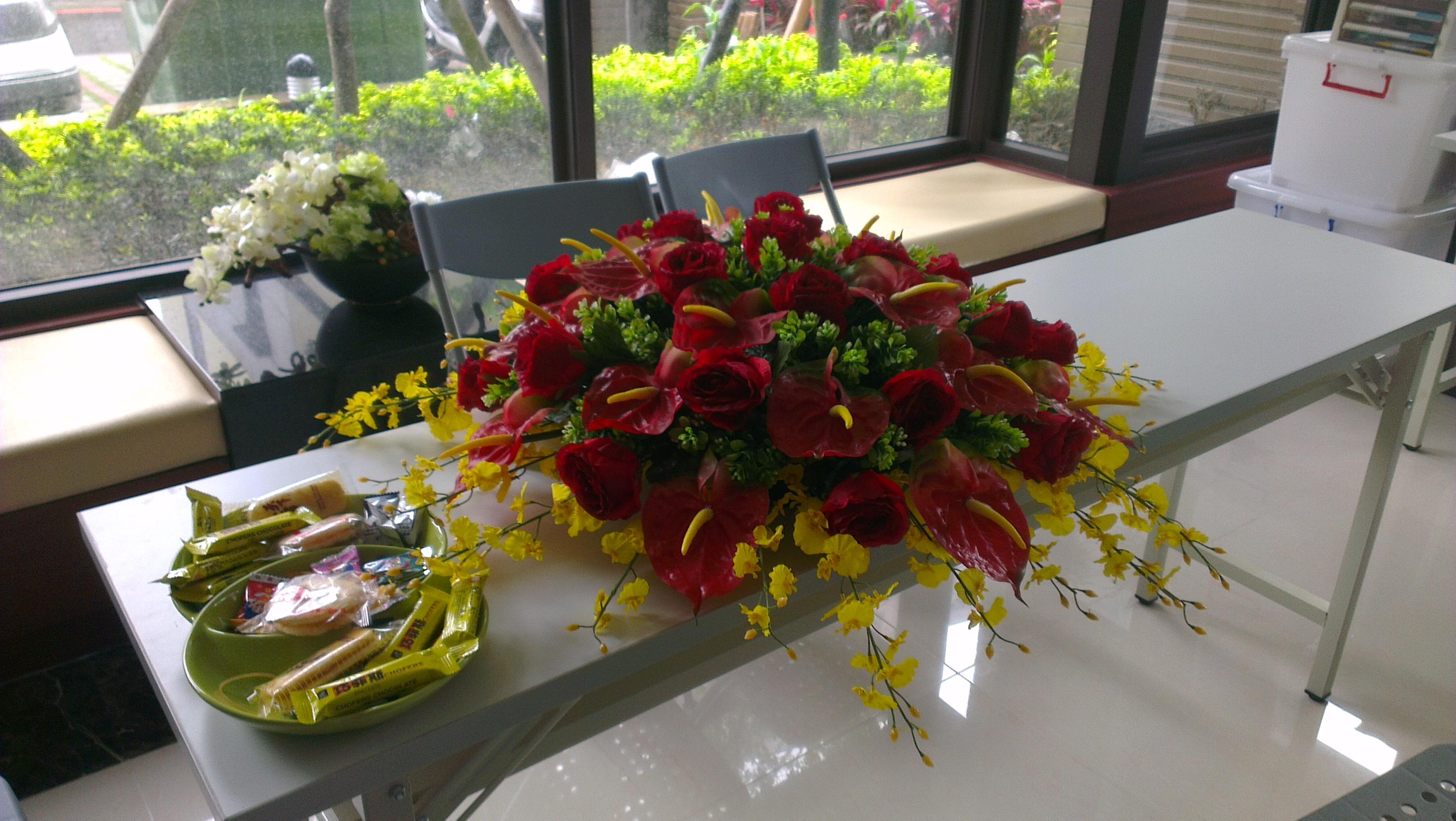 永鼎國璽宴會廳桌花 - 巧工人造花有限公司