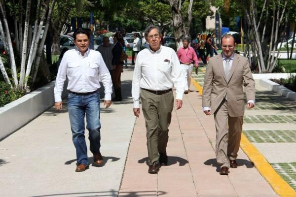 Cuahtemoc Cárdenas planteó su propuesta de reforma energética en Chiapas. Foto: Cortesía/ Chiapas PARALELO.