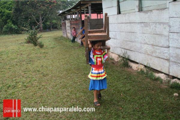 Condiciones adecuadas de salud, alimentación, e infraestructura educativa, son imprescindibles para elevar el nivel educativo de las niñas y niños de México. Foto: Ángeles Mariscal/Chiapas PARALELO