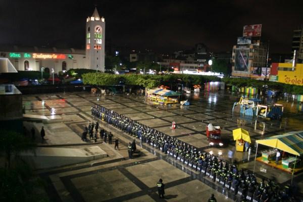 Operativo policiaco obliga a  maestros de Chiapas a replegarse. Foto: Isaín Mandujano/Chiapas PARALELO